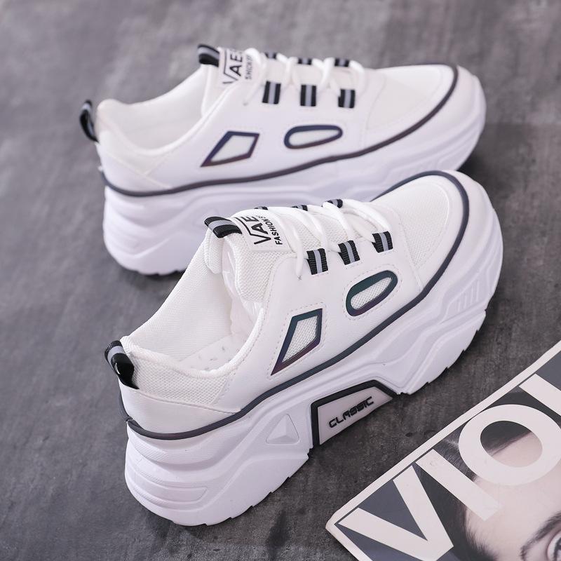 女士小白鞋平底鞋休闲鞋滑板鞋女鞋