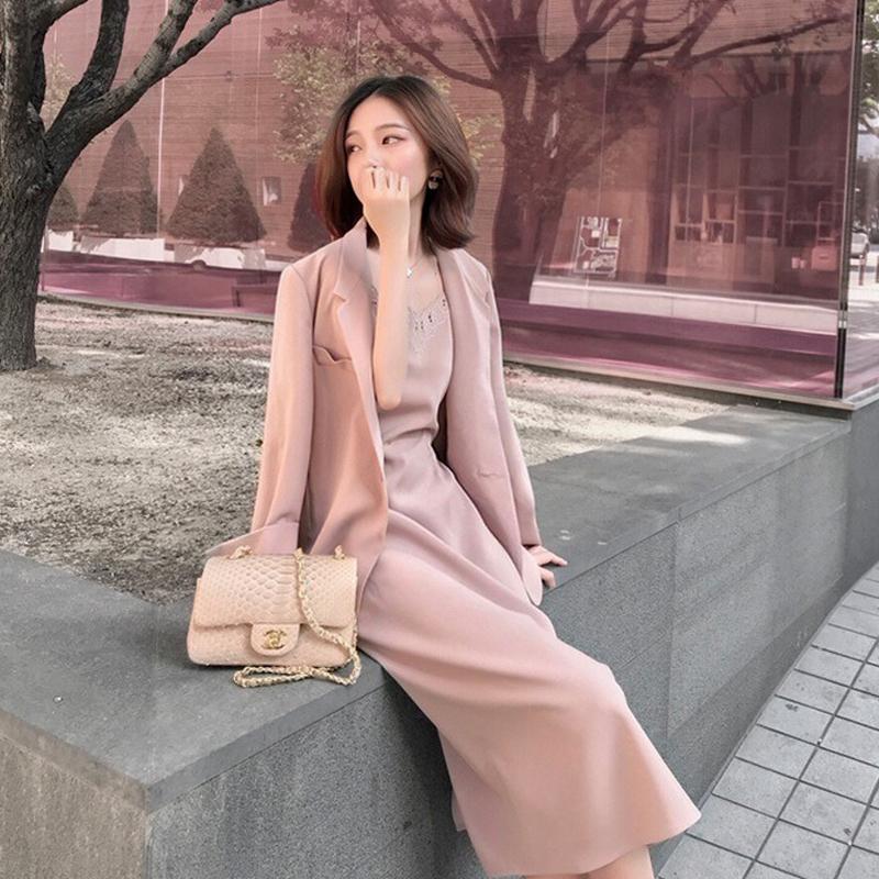 网红裙子很仙的两西装小套装+开衫洋气件套高冷御姐风吊带西装女