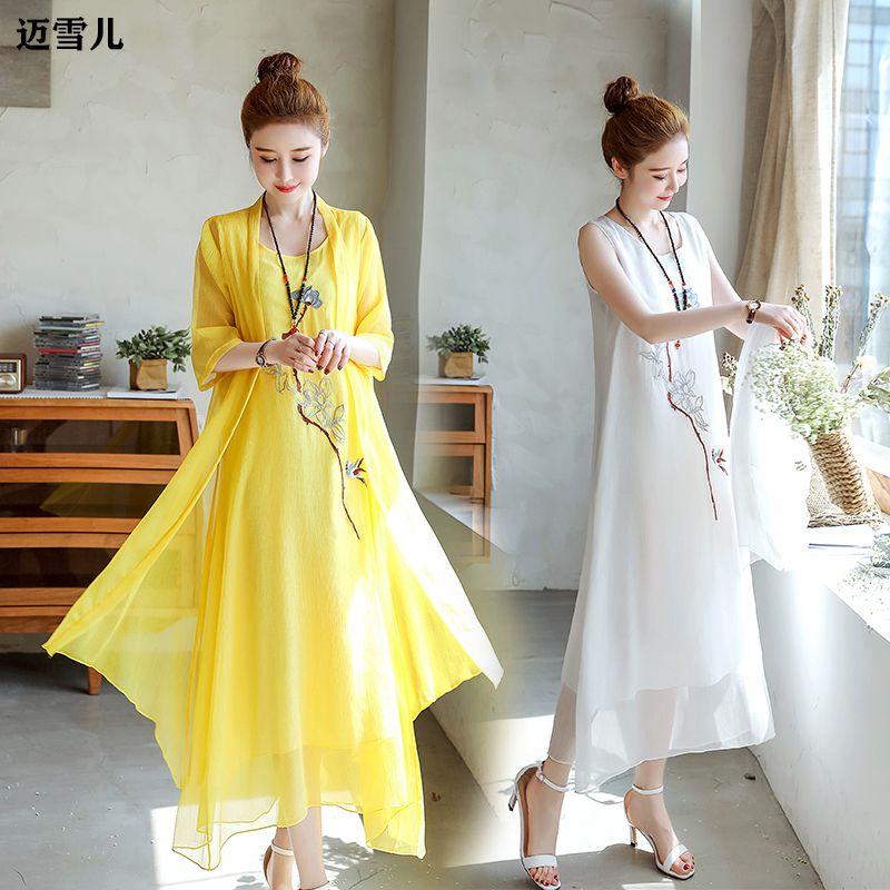 中国风刺绣连衣裙两件套女夏季新款复古v刺绣棉麻大码裙子雪纺套装
