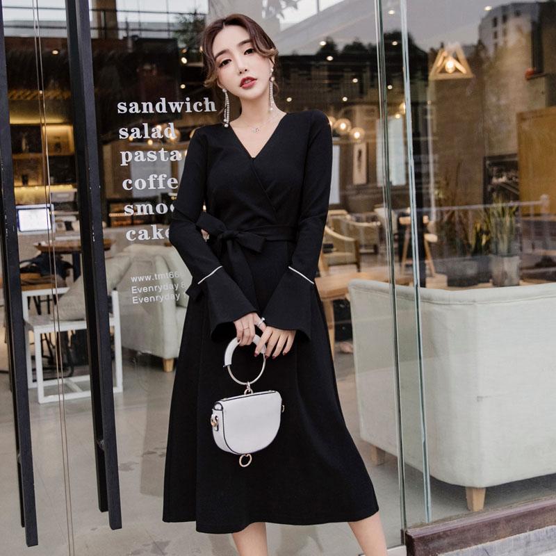 米美儿大码女装微胖mm2018秋装名媛收腰系带chic小黑裙针织连衣裙