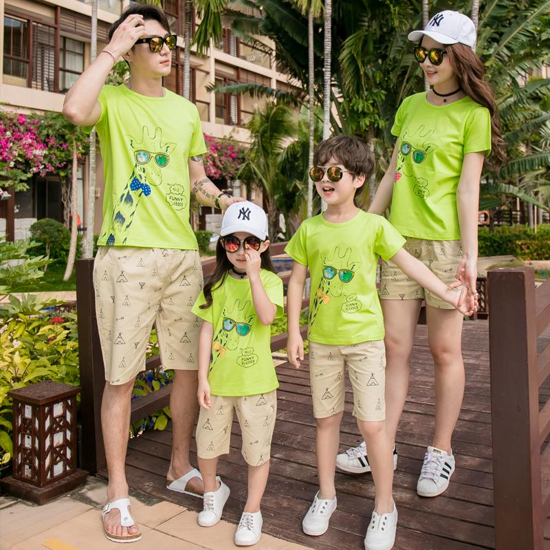 Trang phục mùa hè cho cha mẹ và con 2019 gia đình mới của bốn người đi du lịch bên bờ biển - Trang phục dành cho cha mẹ và con
