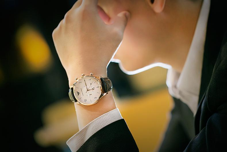 Emporio Armani阿玛尼手表男 时尚简约休闲皮带石英表男表AR1916商品详情图