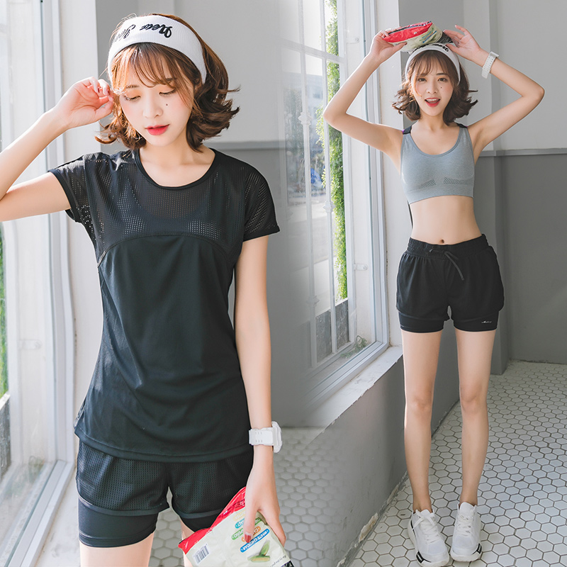 Black three-piece suit (short sleeve + bra + shorts)