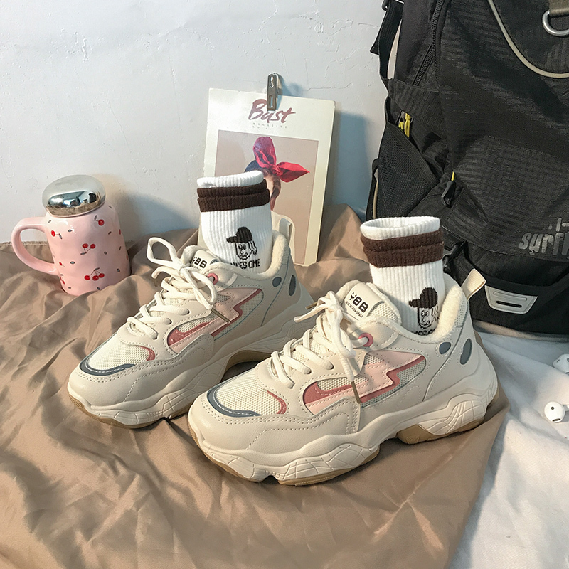 Daddy 2019 new autumn and winter net red ins wisdom smoking hundred European station small white sports women's shoes chao fire