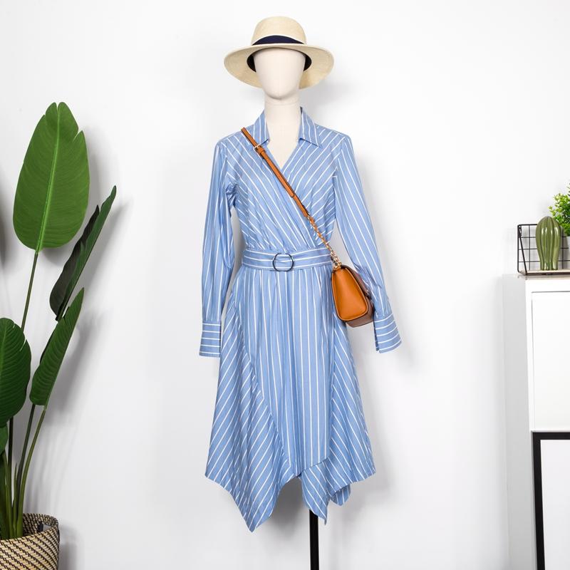 【折扣v折扣】摩高端系列V领不规则条纹连衣裙夏商场女装品牌耳朵