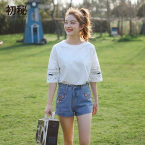 小清新袖口刺绣上衣中袖白色T恤
