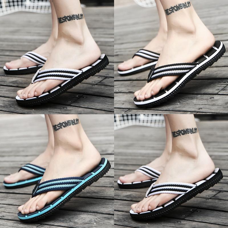 Dép xỏ ngón thời trang nam mùa hè bên ngoài mặc 2020 mới cá tính ngoài trời phiên bản Hàn Quốc của đôi dép đi biển và dép đi trong nhà - Dép