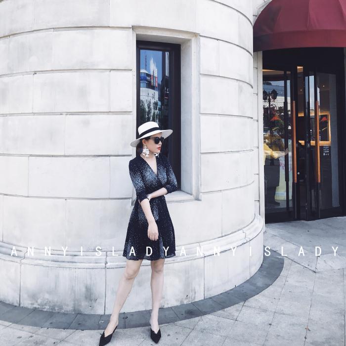 Mùa hè ngôi sao mới in ấn V-cổ bảy tay tay áo khâu voan Slim mỏng bọc váy ngắn ăn mặc nữ