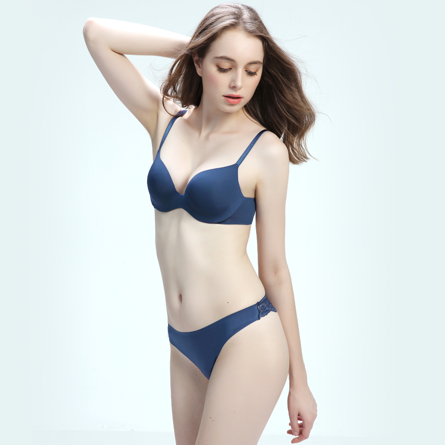 Yxg brand underwear set female bra gathered no rims sexy little chest  seamless girl on the Blue bc4ea0925