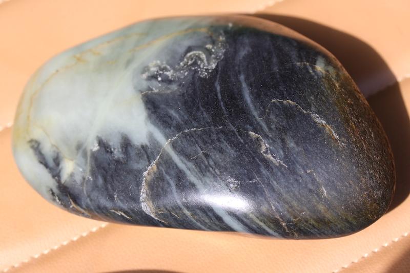 墨玉青花2.89公斤和田新疆青花籽料墨玉和田玉包邮