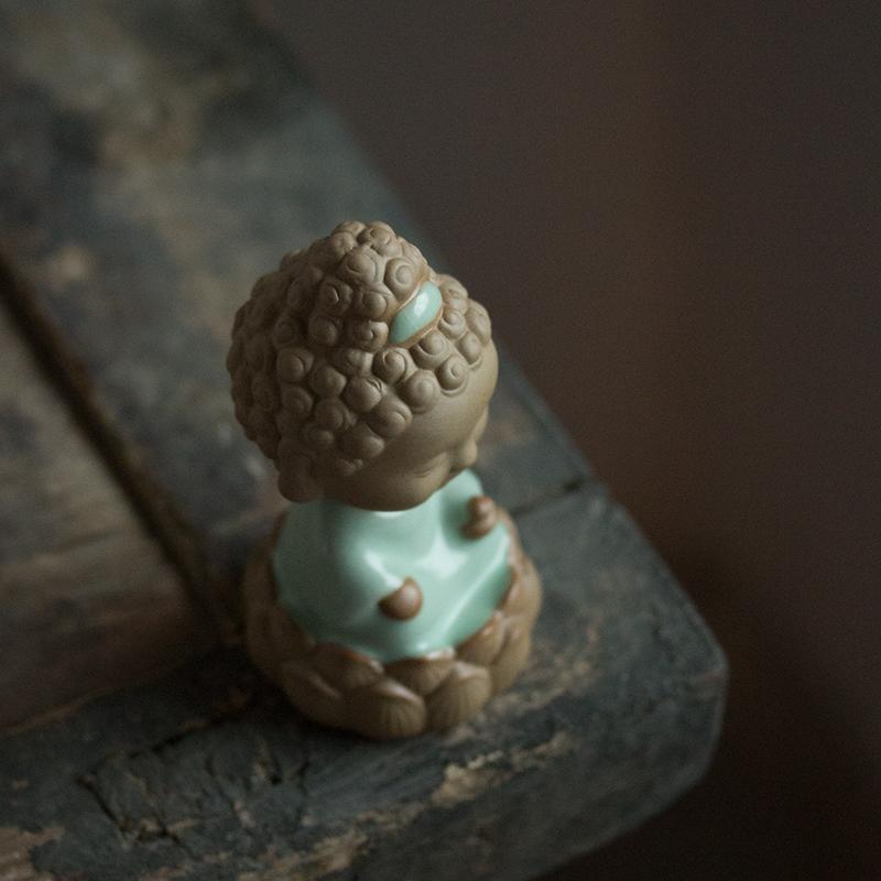 Чайная статуэтка Ru печи открытие кусок чай пьет автомобилей Будды, содержащиеся украшения Будда украшения украшения дома чайный поднос чай играть украшения рабочего стола