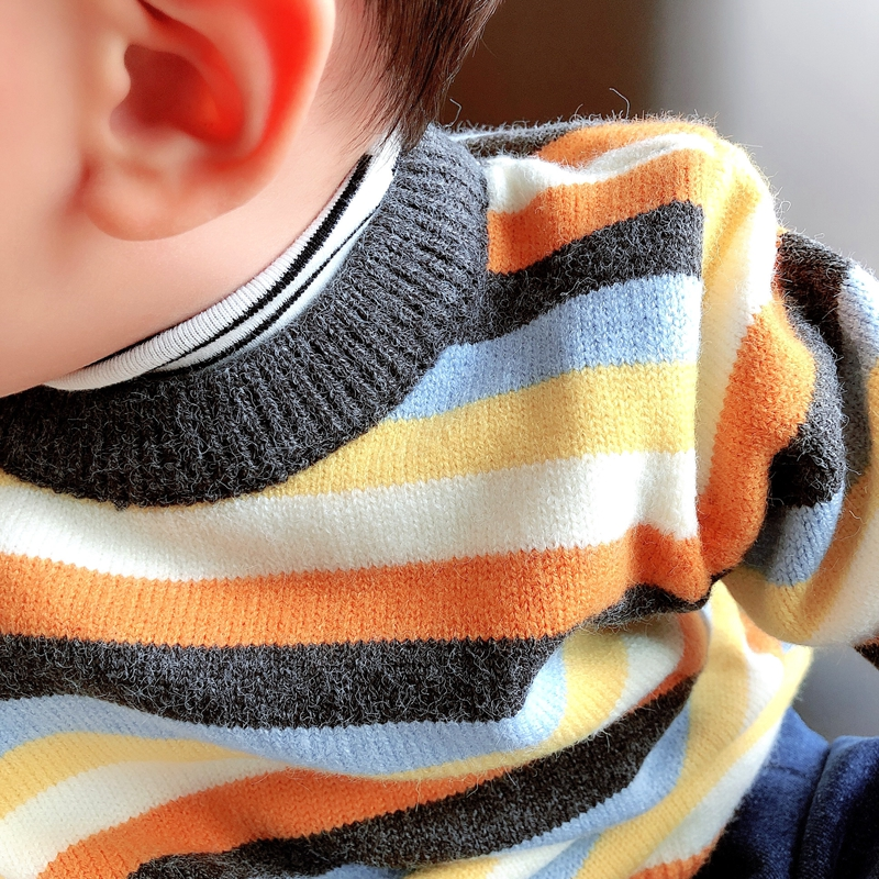 Baby striped sweater autumn/winter dress boys and girls small and medium-sized children's round collar hit bottom line knit sweater.