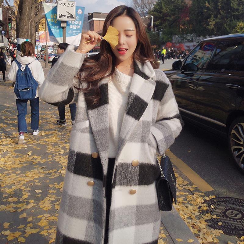 秋冬新款毛呢外套女大翻领宽松黑白格子学生中长款加厚呢子大衣潮