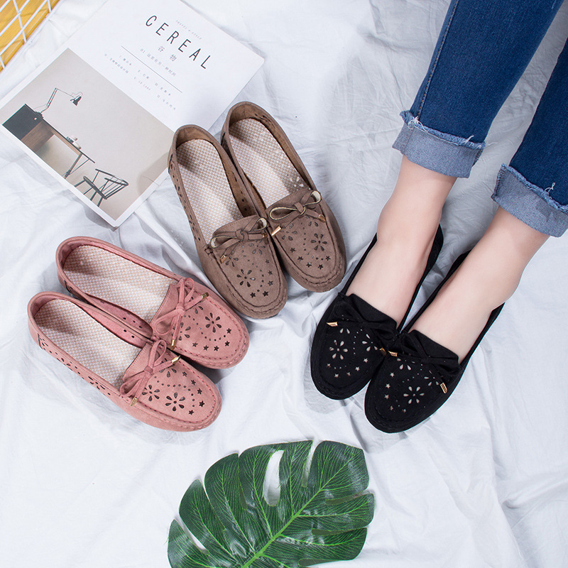 2018 spring new flat hole hole sandals hollow leisure Korean version of the peas shoes soft bottom Lok Fu shoes lazy single shoes