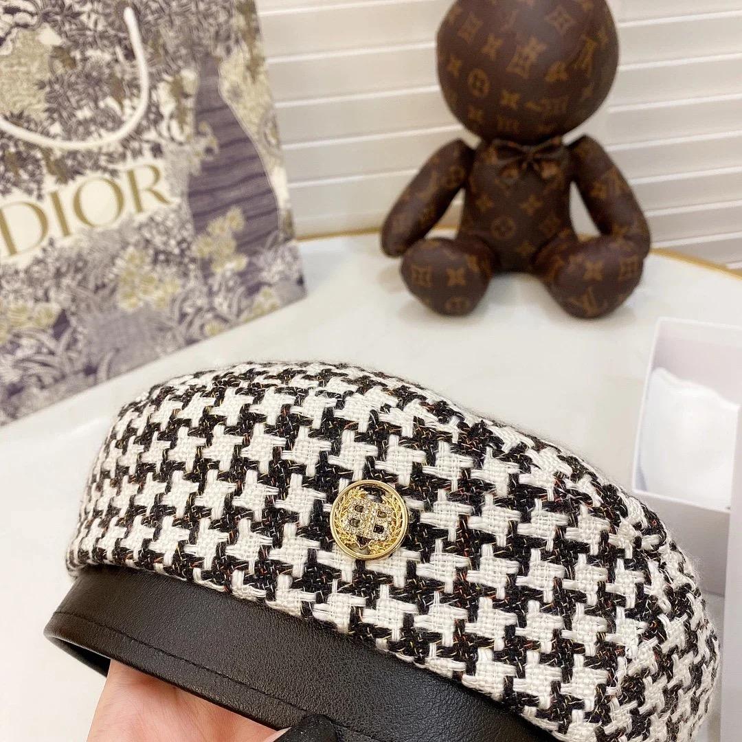 ✤寵愛Pamper for you✤CHANEL 千鳥格紋貝雷帽