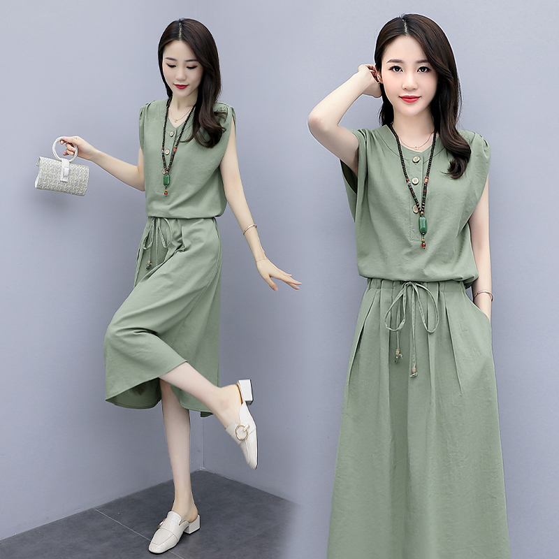 Váy cotton và vải lanh 2020 mùa hè mới dành cho nữ màu xanh lá cây váy dài eo thon váy mỏng khí chất phổ biến - Váy dài