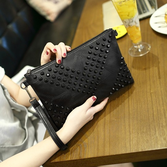 Handetting bag large capacity bag 2021 new rivet handbag envelope package Soviet shoulder bag ladies hand bag summer