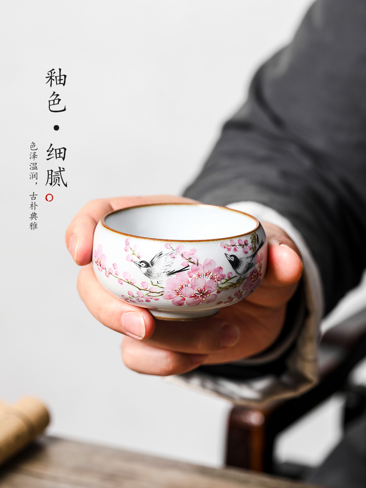 Jingdezhen Xu Jiaxing hand - made peach blossom put water point ceramic sample tea cup master cup single CPU woman pure manual kung fu tea cups
