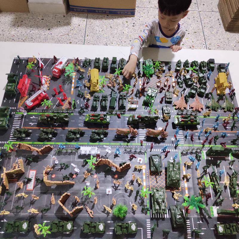 老少皆宜大坦克战车模拟场景战争装甲模型导弹礼物军事节假日男孩