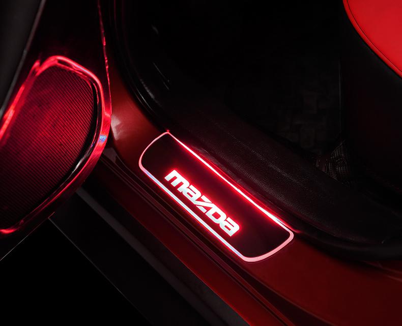 Ốp bậc cửa có đèn Led Mazda 3, 6, cx5 - ảnh 15