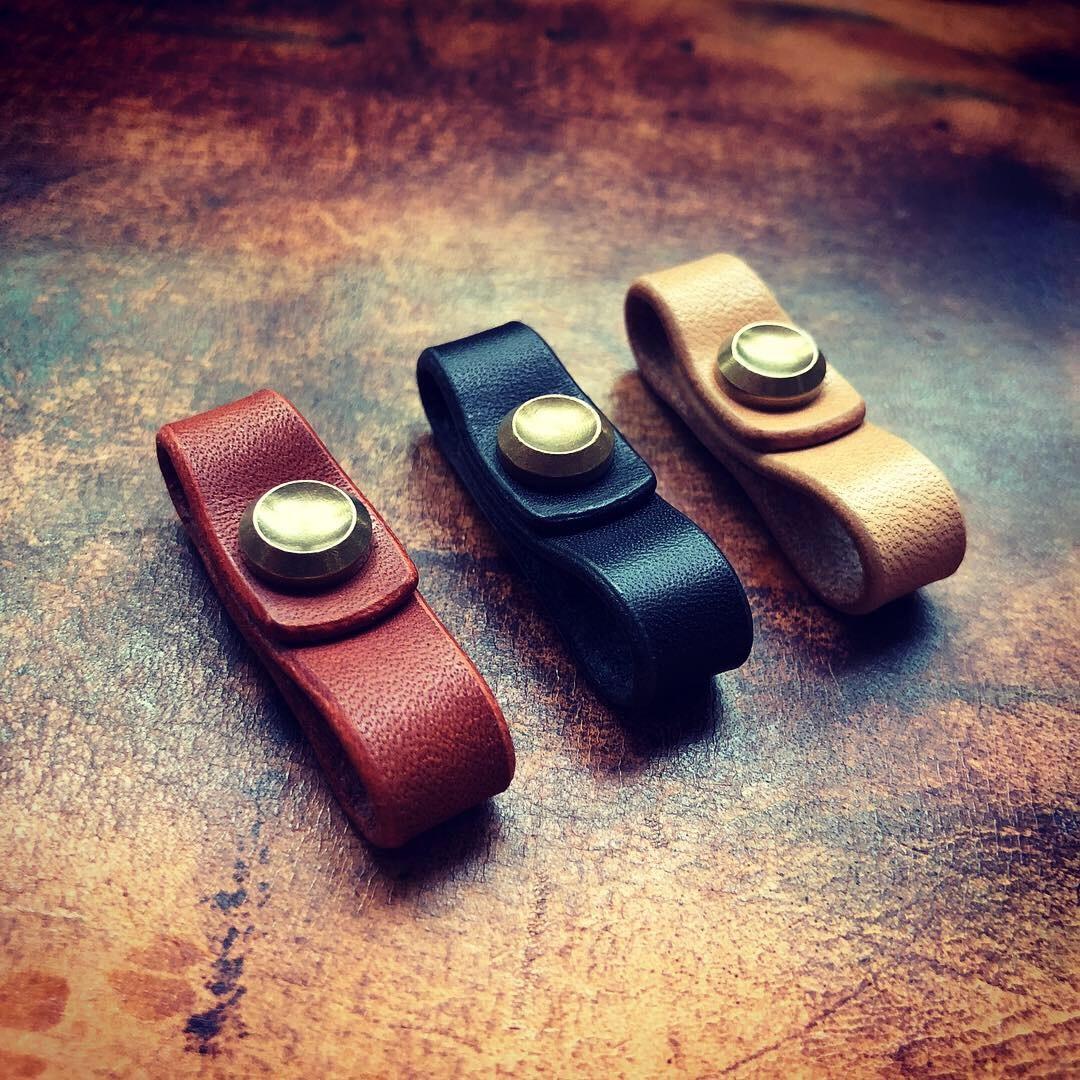日本栎木鞍革手工皮圈汽车钥匙扣搭配连接挂件男女复古纯铜可拆卸