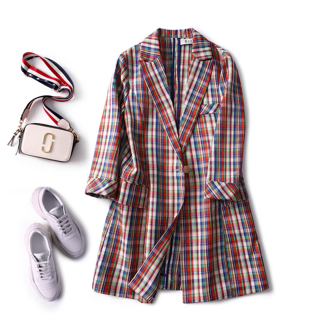 精彩格子 复古休闲 显瘦中长天丝小西装外套女2019新款春天家Z812