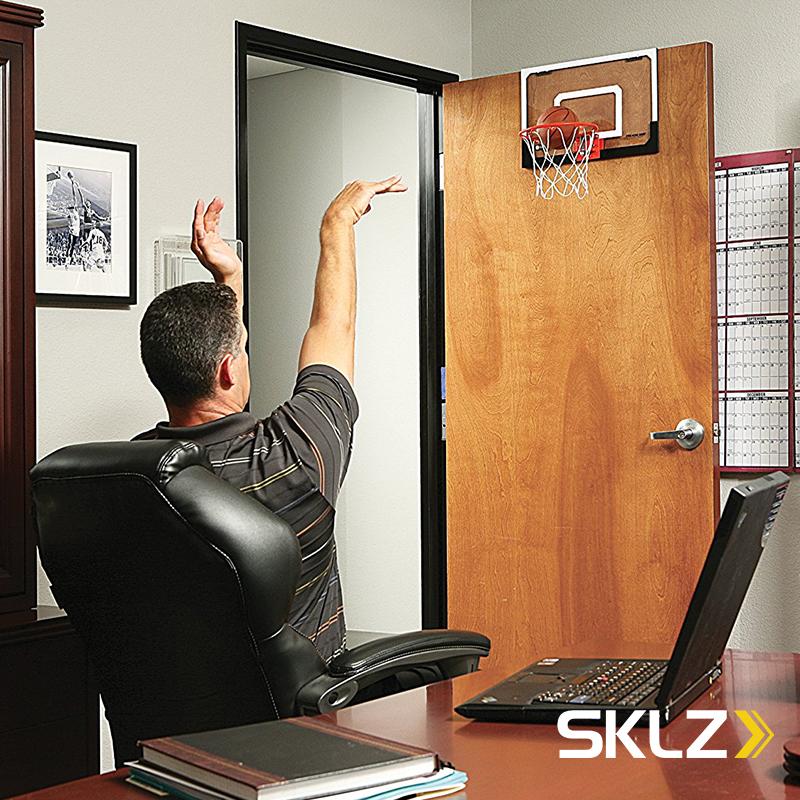 SKLZ迷你篮板框室内挂式家用男孩儿童娱乐办公室减压投球篮球礼物