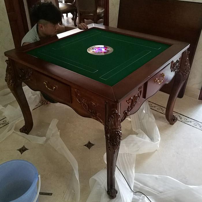 Цвет: Роуз Классический стол из тикового дерева
