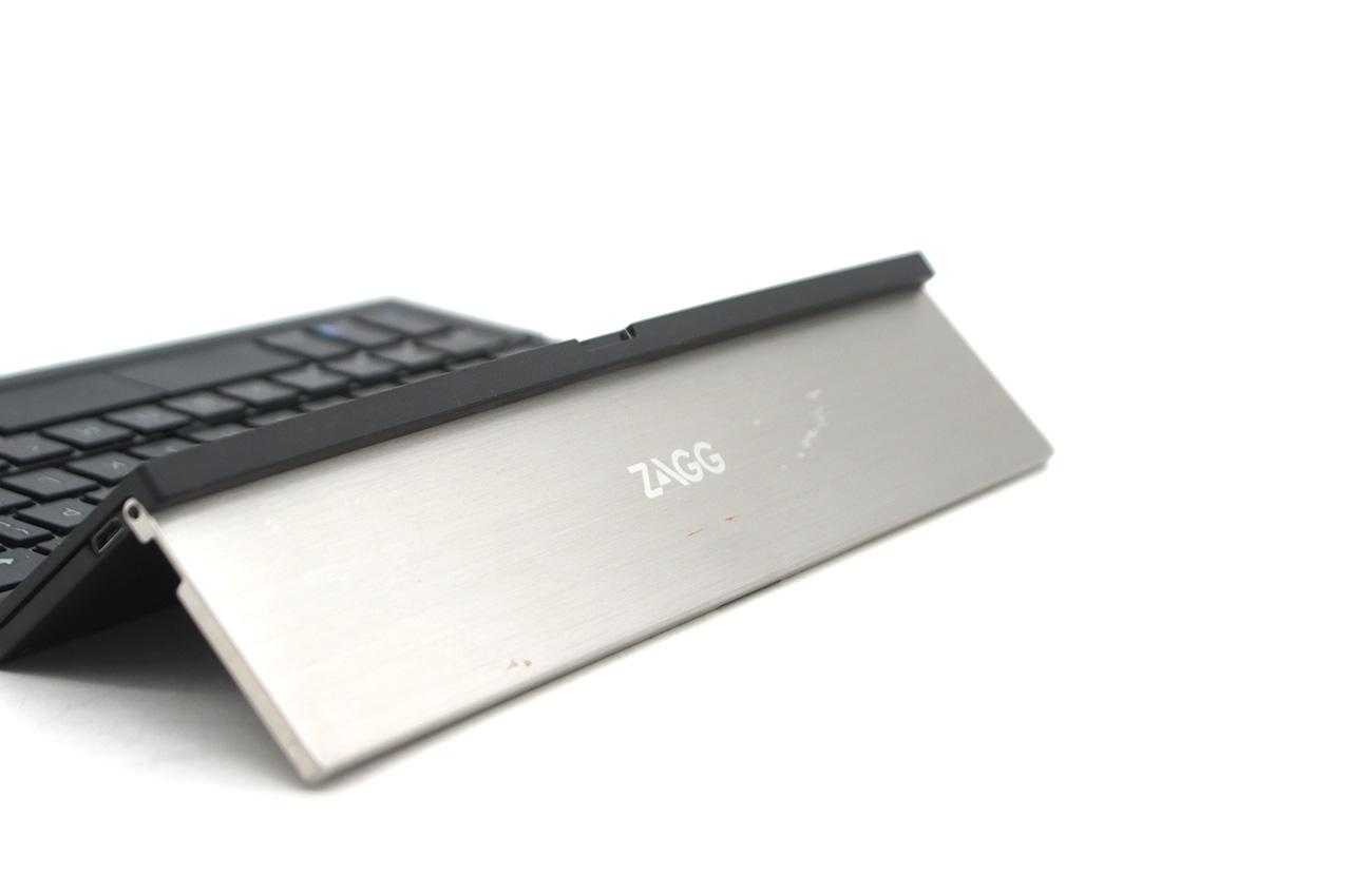 美国ZAGG Pocket keyboard 折叠超薄金属可充电无线键盘评测说明书带支架博通蓝牙3.0 QTG-ZKPS
