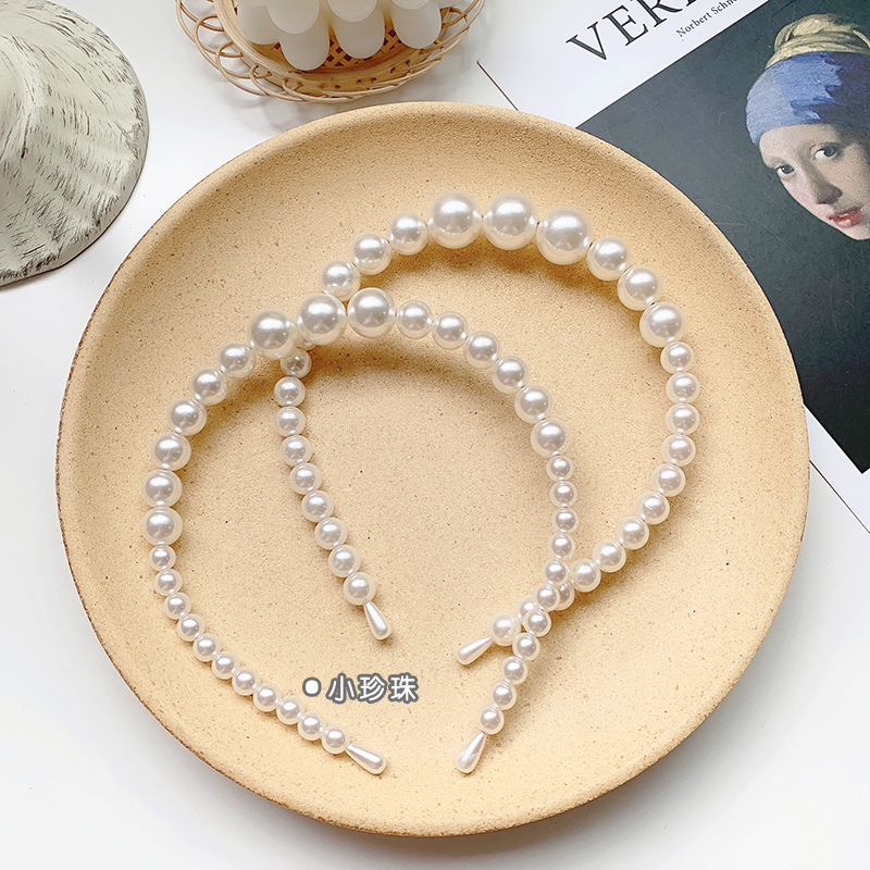 Retro girl simple and versatile pearl headband press hairpin lady headband hair accessories wholesale nihaojewelry NHOF236105