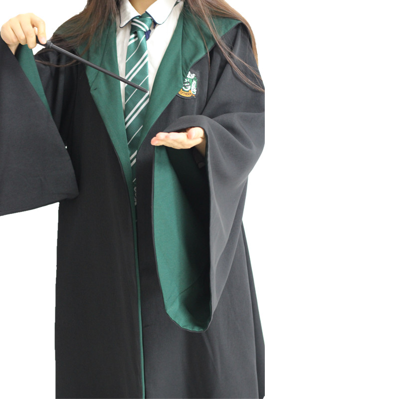 Harry Potter and the magic robe Gryffindor school gown Slytherin ...
