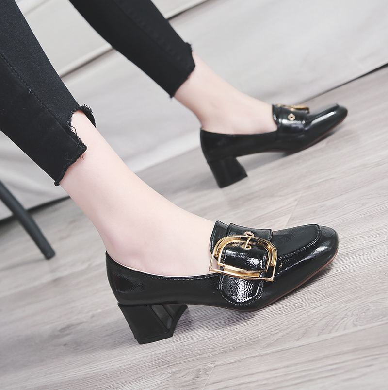 Shoes female 2018 summer new Korean fashion wild England wind thick with single shoes high-heeled shallow mouth square head shoes