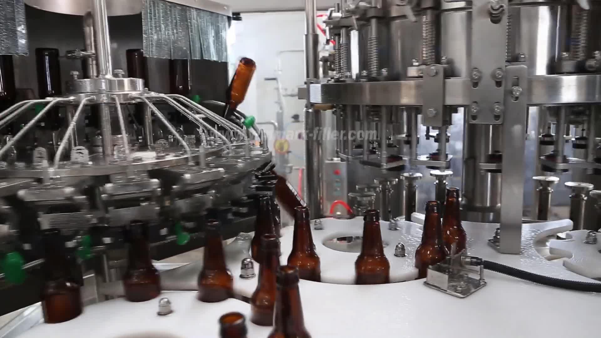 ビールボトル充填機