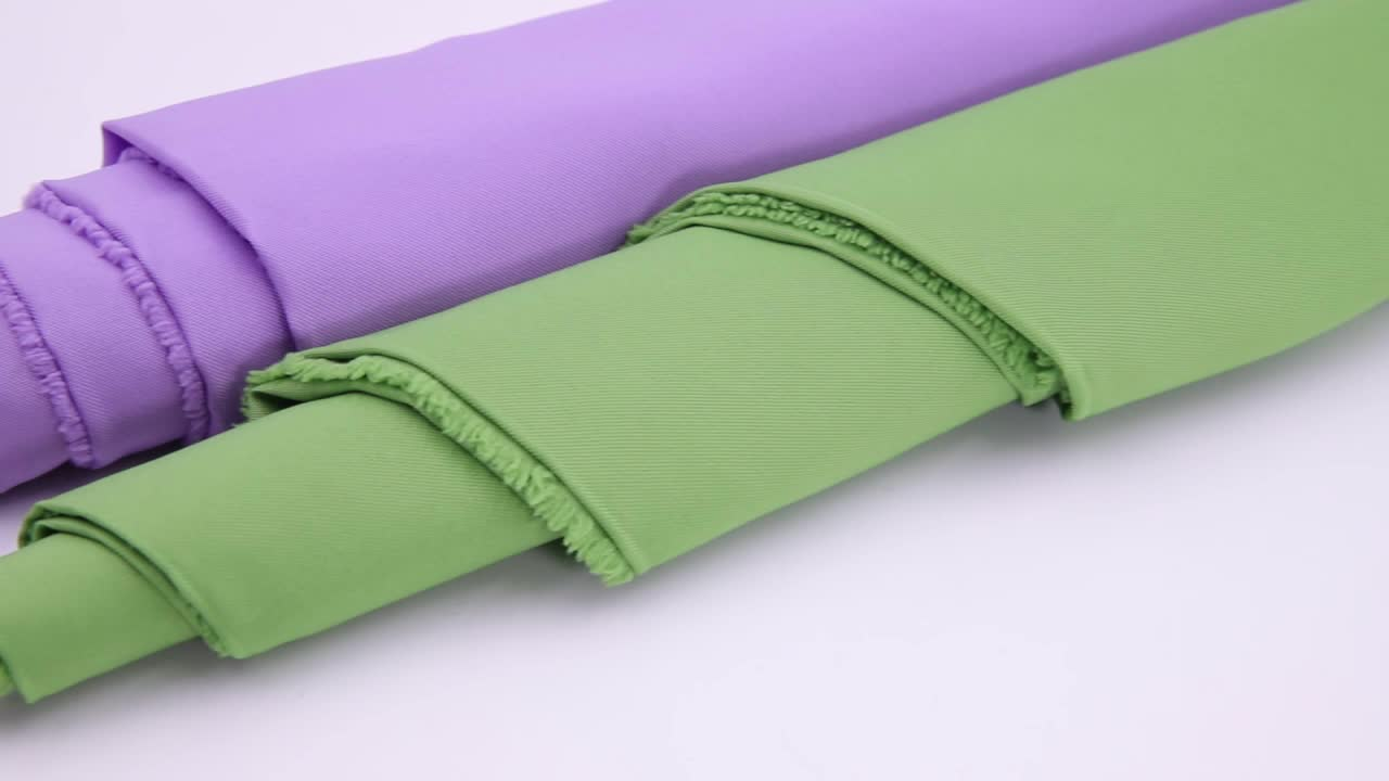 China Supplier wholesale 100% Polyester Soft Handfeeling taffeta lining woven bag fabric  for dress Upholstery