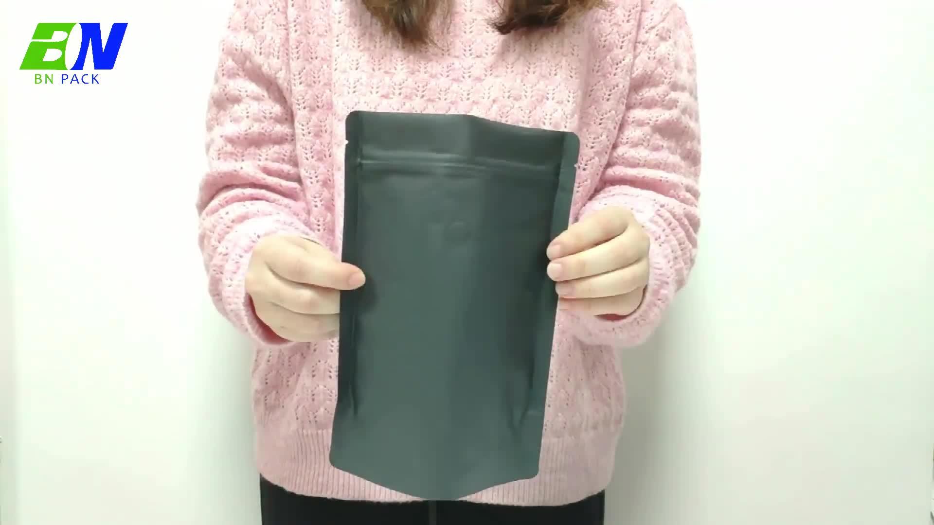 Commercio all'ingrosso 250g Eco-friendly zip blocco nero Kraft sacchetto di carta di imballaggio alimentare