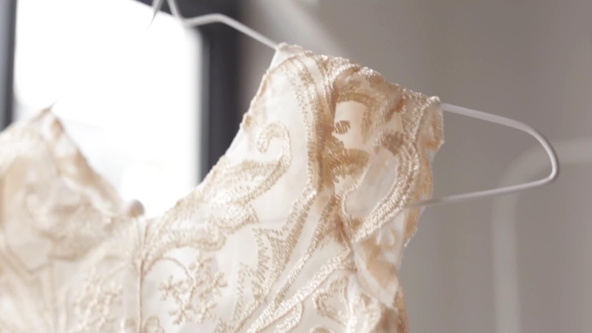 Эксклюзивная оптовая продажа, детское бальное платье с металлическим кружевом и рукавами-крылышками для маленьких девочек, длинное свадебное платье принцессы для маленьких девочек