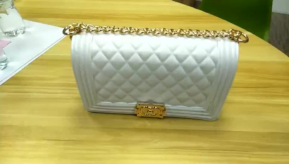 2020 New Arrivals 10years Factory Free Sample Accept Wholesalers or Retailers jelly chain purse