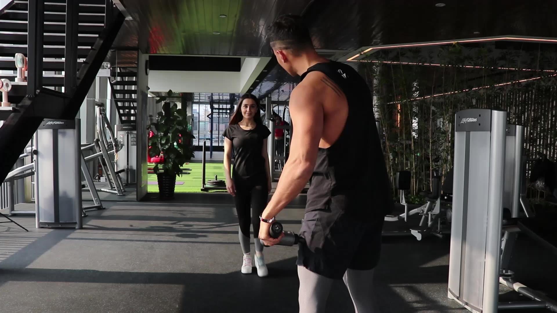 2020 نموذج جديد العضلات الجسم المحمولة تدليك الاهتزاز اللفافة بندقية