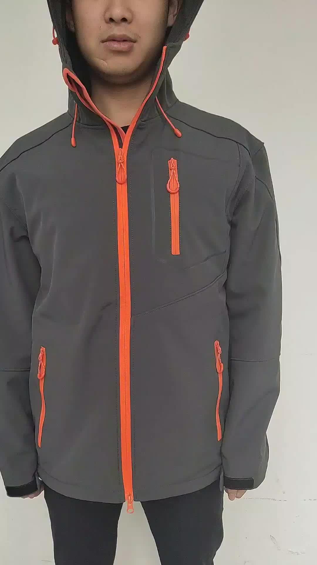 Custom Men กีฬา Softshell แจ็คเก็ตสีเทากลางแจ้ง Camping Coats ความร้อนกันน้ำ Soft Shell เสื้อแจ็คเก็ต Hood