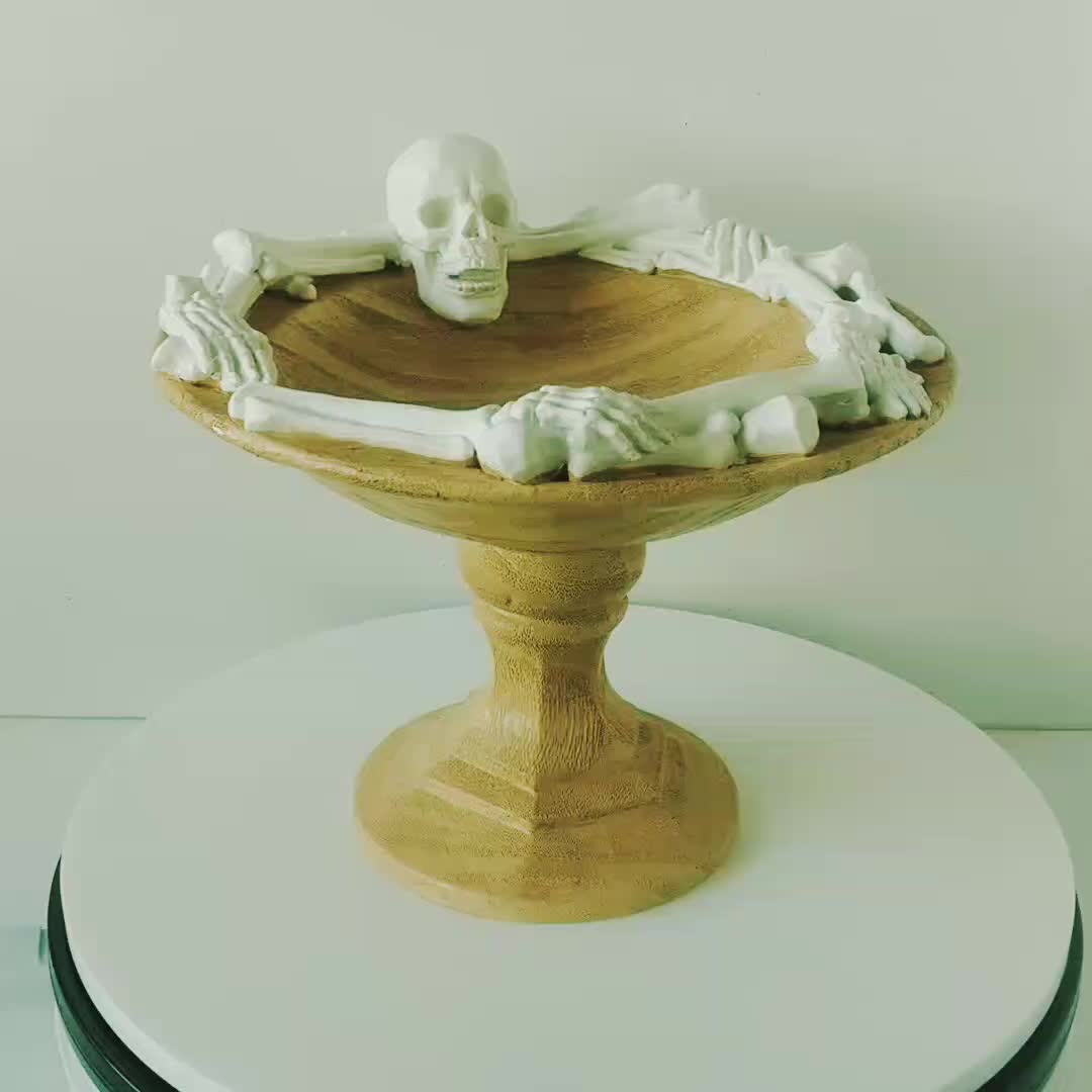Home Decoration Polyresin Bowl White Wood Effect Halloween Decor Resin Skull Fruit Tray Tabletop Decoration