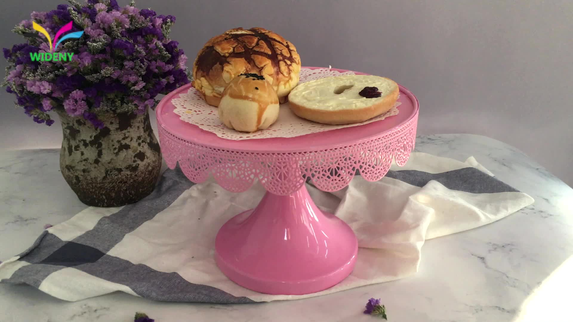 Parti dekorasyon fantezi katlanabilir pembe çin tedarikçisi demir tel tabağı şeker ekmek metal çelik tepsi düğün kek fincan kek standı