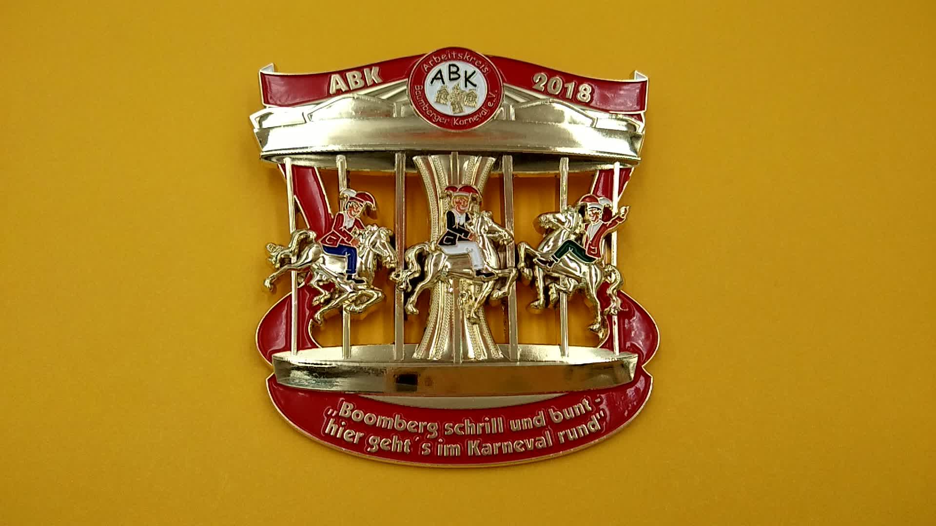 Size Kleur Zinklegering Sport Bijeenkomst Custom Messing Awards Met Gegoten Metalen Medailles Fabricage Marathon Sport Medaille