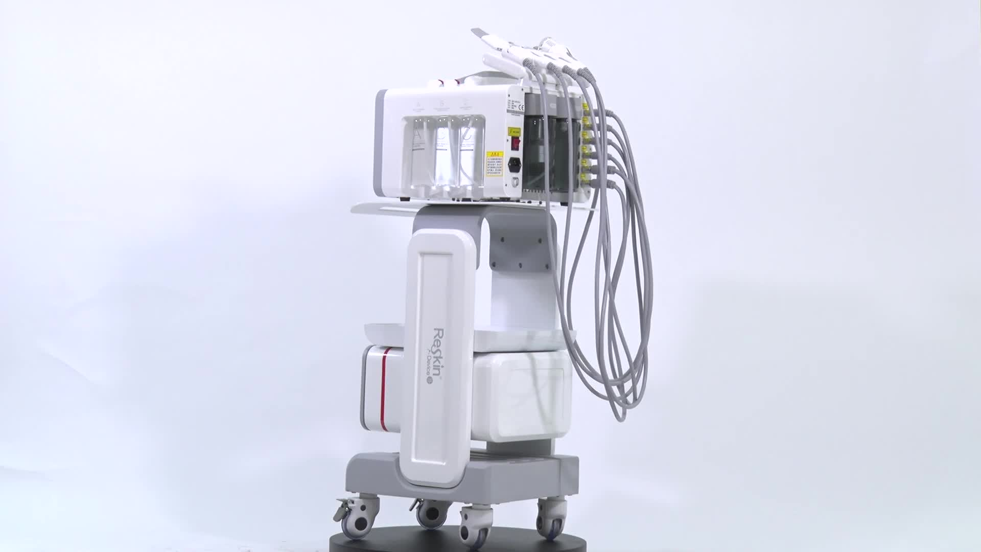 Hot selling portable skin deep cleaning machine with great price