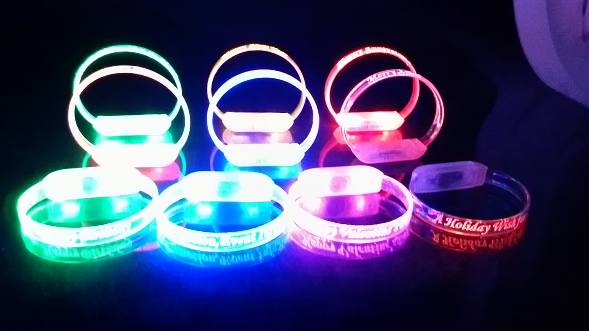 Hot Sales Custom Glow Sticks LED Bracelet Wristband For Party Supplies