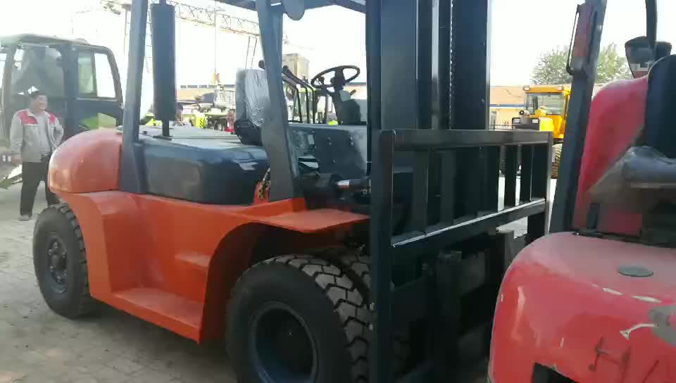 First heavy work cross-country fork lift truck model