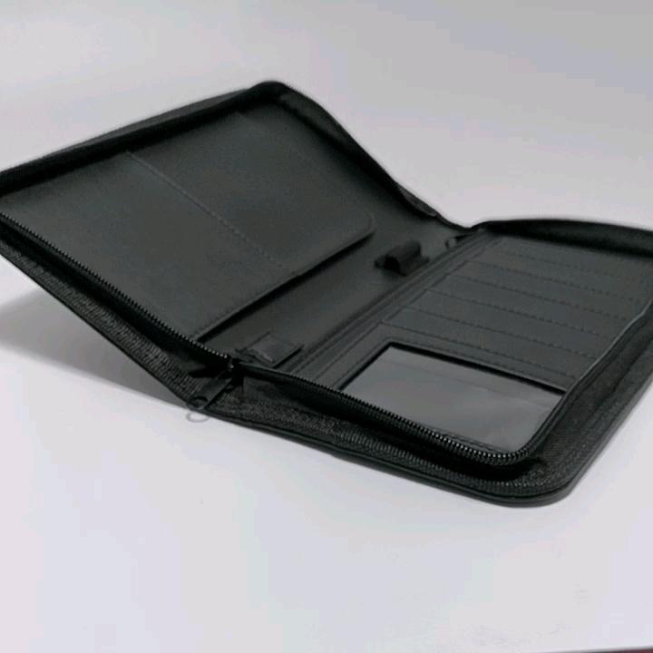 Customized black Imitated Leather zippered rfid travel wallet organizer