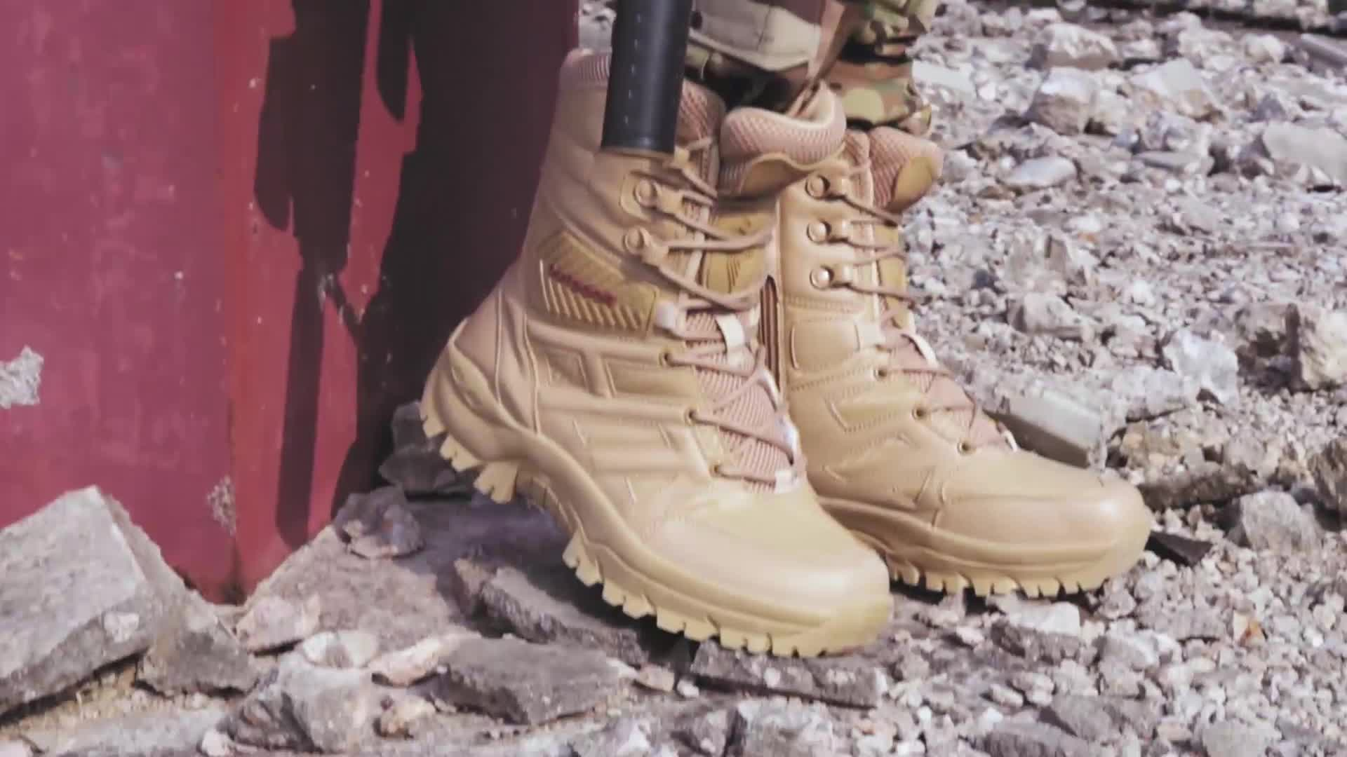 High quality outdoor military boots, imitated carbon fiber fabric, for outdoor desert tactical combat