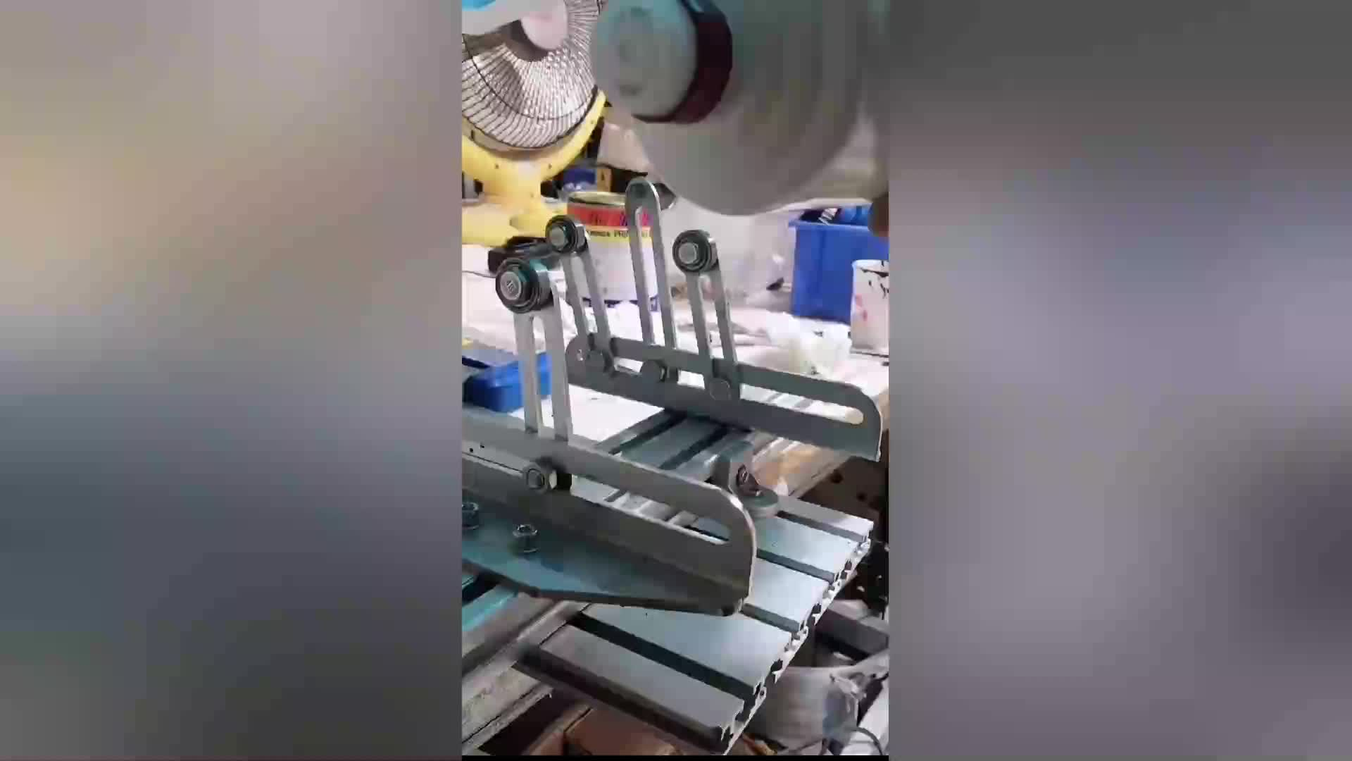 Manual curved screen printing machine