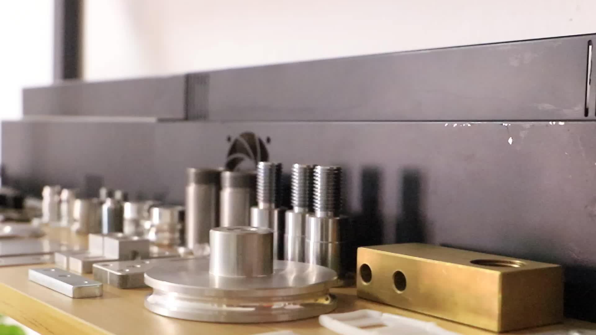 कस्टम सीएनसी लकड़ी मशीनिंग मिलिंग मशीन हिस्सा है और घटक
