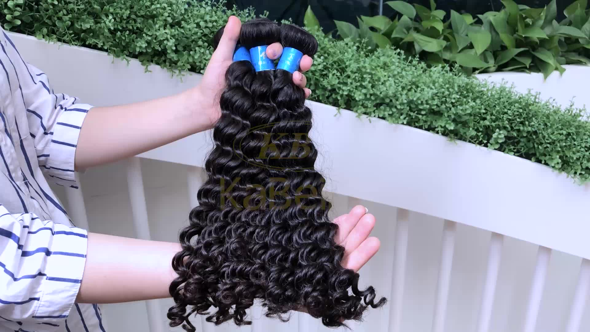 Natural blonde curly human hair extensions,wavy raw 613 curly hair virgin russian kinky curly hair,remy hair weave color 144